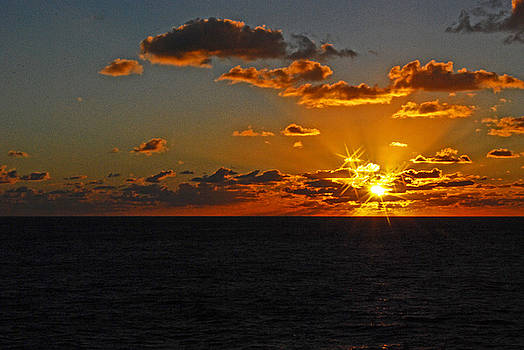 Gary Wonning - Tropical sunset