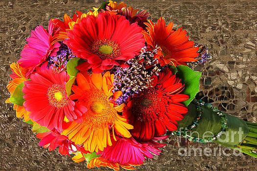 T's Bouquet by Geraldine DeBoer