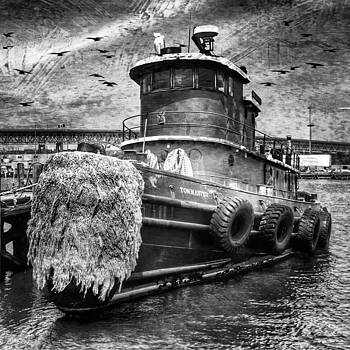 #tugboat #workingharbor #ct #dailyphoto by Visions Photography by LisaMarie