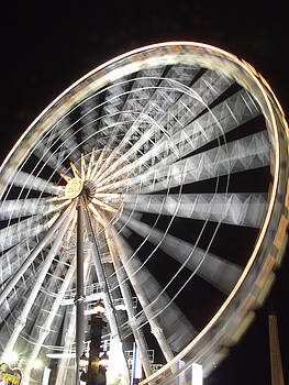 Tuileries Paris Wheel by Mark Currier