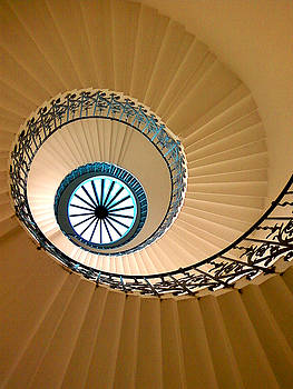Julian Perry - Tulip Staircase