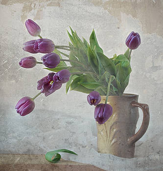 Tulips by Irina No