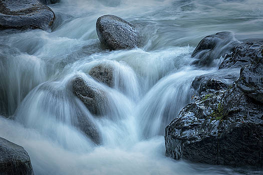 Randy Hall - Tumbling Water