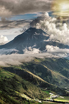 Tungurahua volcano in activity by Henri Leduc
