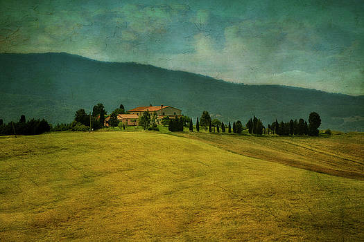 Tusacany Hills by Claudia Moeckel
