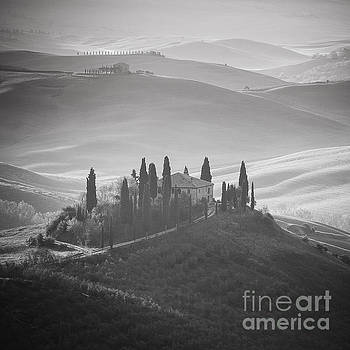 Tuscany BW by Pawel Klarecki