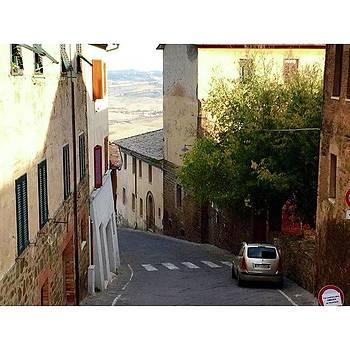 #tuscany #montalcino #whatisawinitaly by Shauna Hill