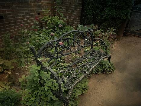 Twig Bench by Sue Midlock