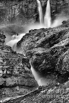 Adam Jewell - Twin Falls At Yoho Black And White