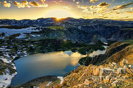 Twin Lakes Sunset by Gary Beeler