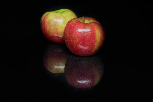 Two Apples by Lee Fortier