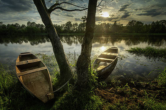 Two boats on Narew by Swen Stroop