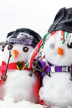 Two stylish snowmen dressed beautifully by Simon Bratt Photography LRPS