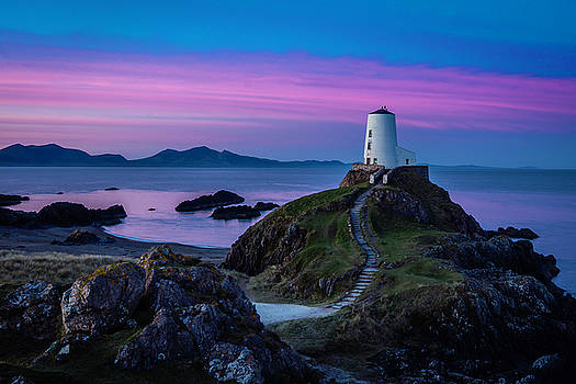 Twr Mawr, Anglesey by Andy Beattie Photography