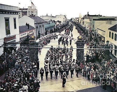 California Views Mr Pat Hathaway Archives - U. S. Marine Corps Marching Band  up Alvarado Street 1949
