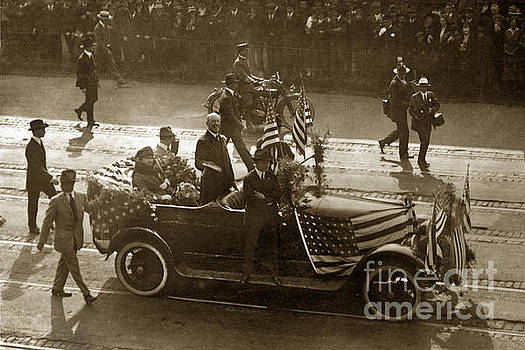 California Views Mr Pat Hathaway Archives - U. S. President President Woodrow Wilson standing in a car 1915