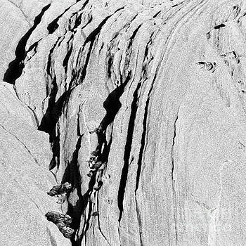 Tim Richards - Uluru Up Close BW
