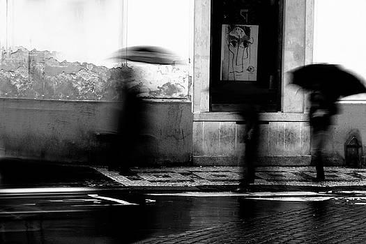 Colin Cuthbert - Umbrellas in Rain