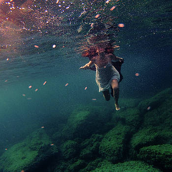 Underwater White Dress by Gemma Silvestre
