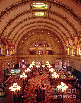 Gary Gingrich Galleries - Union Station - St. Louis