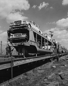 Chicago and North Western Historical Society - Unloading Automobile Rack - 1960