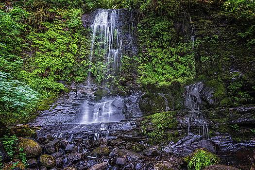 Upper Terrace Falls by Joe Hudspeth