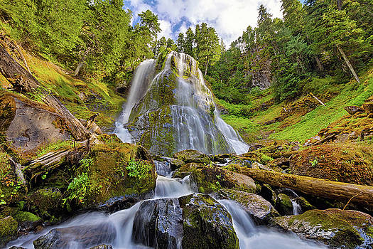 Upper Tier of Falls Creek Falls in Summer by David Gn