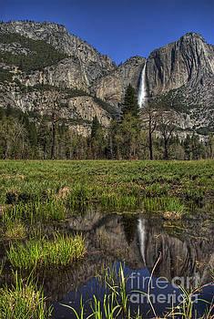 Upper Yosemite Fall by Nick Carlson