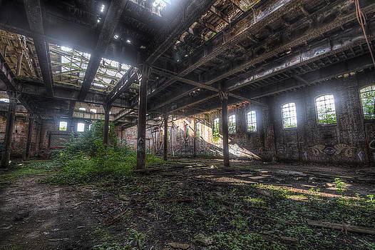 Yhun Suarez - Urban Decay 2.0