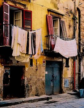 Urban Ghetto by Lens Artist