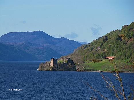 Urquhart Castle by B Vesseur