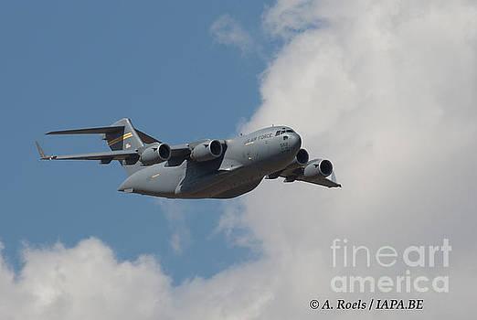 US Air Force C-17 Globmaster by Antoine Roels