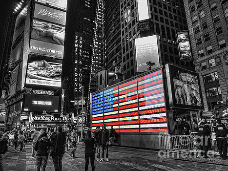U.S. Armed Forces Times Square Recruiting Station by Jeff Breiman