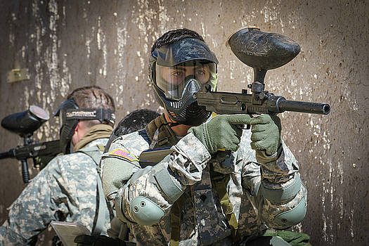 US Army soldier keeps an eye out for simulated enemy activity in Arizona by Paul Fearn