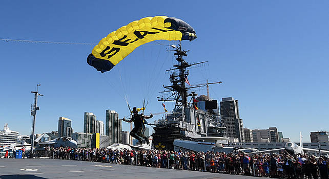 US Navy SEAL comes in for landing during a skydiving demonstration by Paul Fearn