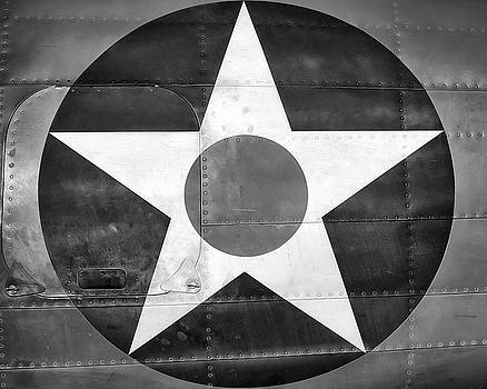 US Roundel, In Black and White - 2017 Christopher Buff, www.Aviationbuff.com by Chris Buff