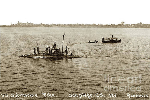 California Views Mr Pat Hathaway Archives - U. S. Submarine Pike off San Diego Calif. Lee Passmore Photo July 1910