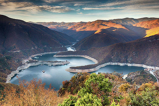 Vacha Lake by Evgeni Dinev