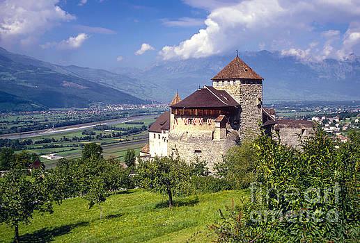Bob Phillips - Valduz Castle