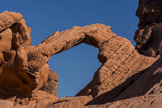 Valley of Fire Arch by Gej Jones