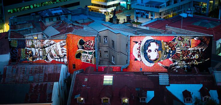 Valparaiso by Pedro Nunez