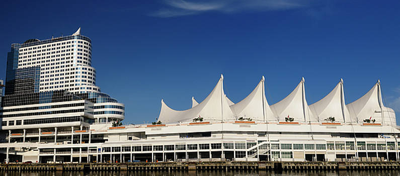 Reimar Gaertner - Vancouver Canada Place Cruise ship dock with hotel and Trade Cen