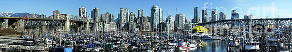 Vancouver Panoramra by Randy Harris