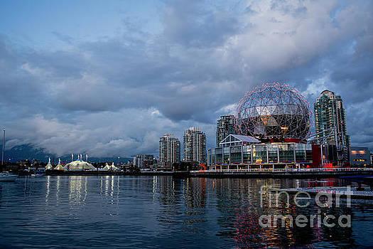 Vancouver Science Center by Anna Wisniewska