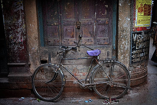 Varanasi bicycle by David Longstreath