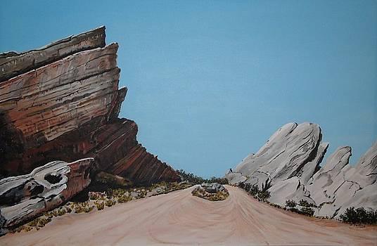 Vasquez Rocks 5 by Stephen Ponting