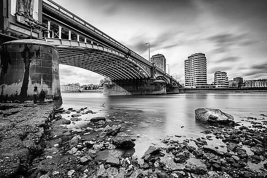 Vauxhall Bridge Mono by Matt Malloy