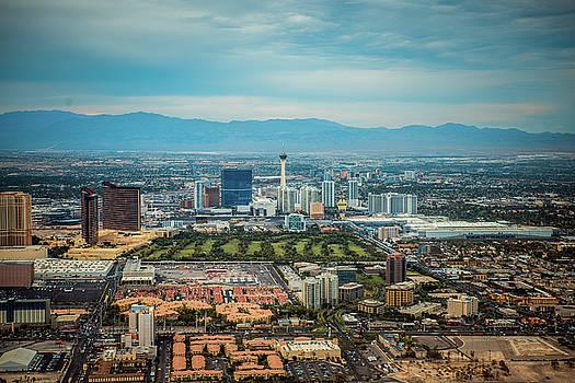 Vegas by Julie Bergonz