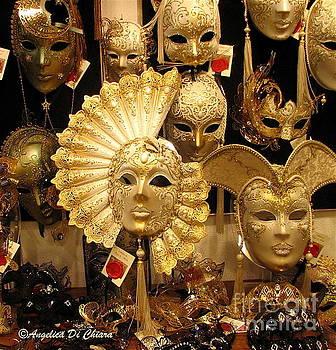 ITALIAN ART - Venetian Masks