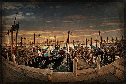 Venezia by Terri Roncone
